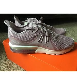 Womens Nike Air max sequent 3 shoes NEW